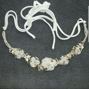 Accessories - Bridal / prom headpiece headband white & gold